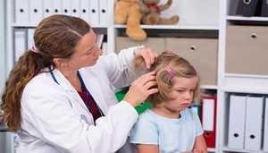 Как вывести вшей у ребенка безопасные и самые эффективные методы