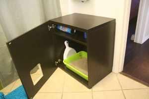 Закрытый кошачий туалет