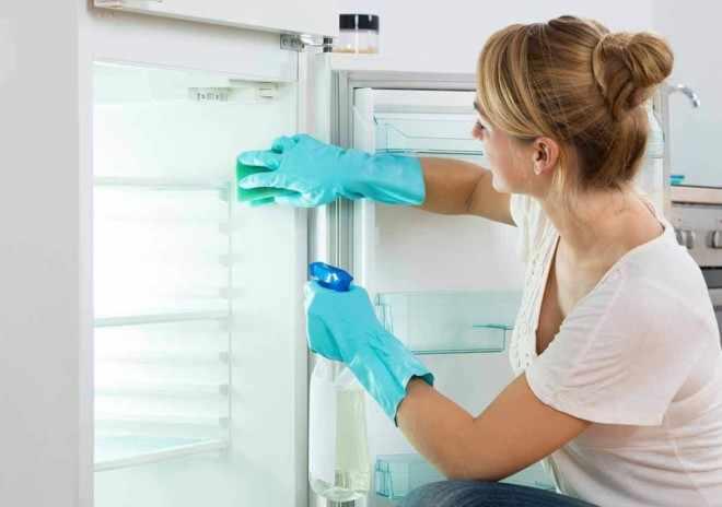 Мыть холодильник